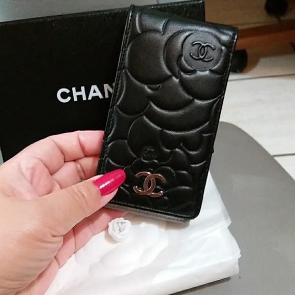 sports shoes 1df9c d50b2 Authentic Chanel IPhone 4 camellia case